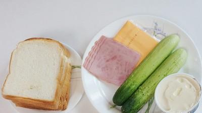 2 món ăn sáng nhanh ngon với bánh sandwich 11
