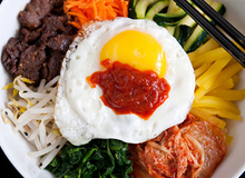 Bibimbap: Món cơm trộn ngon mê của người Hàn