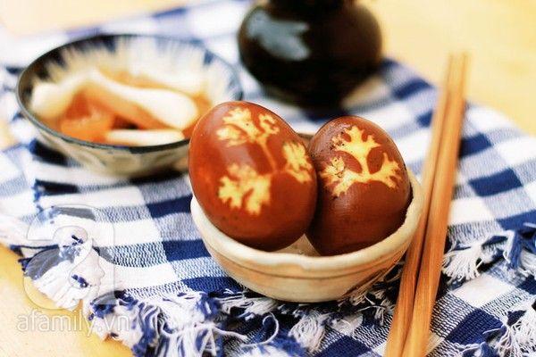 Trứng kho in hình lá ngon miệng đẹp mắt - Món ăn ngon