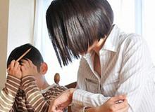 Con 6 tuổi nhập viện tâm thần vì mẹ ép học lúc lên 3
