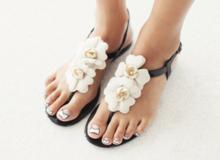 Những lưu ý giúp chọn sandals hè phù hợp với