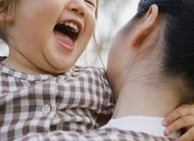 4 bí mật mẹ giấu kín để con luôn hạnh phúc