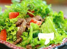 6 bước đơn giản cho món Salad trộn thịt bò ăn nhiều không béo.