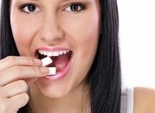 Ăn nhiều kẹo cao su và những hệ lụy khó lường