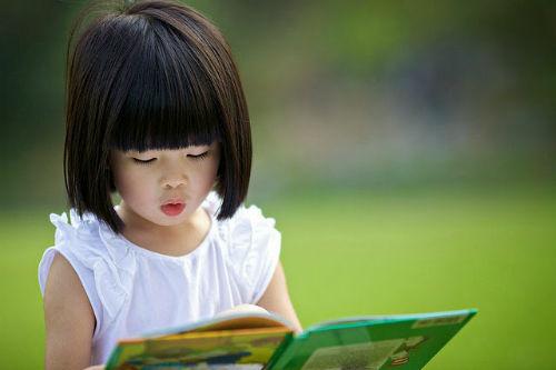 Chuẩn bị ngày đầu tiên cho bé vào lớp một - Trẻ đến trường