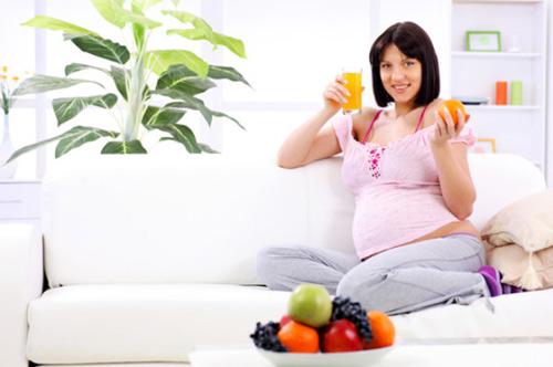 Mang thai tháng thứ 2: Nên và không nên ăn gì? - 1