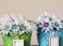 Trang trí tiệc sinh động với 3 cách làm bình hoa kẹo ngọt
