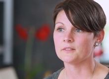 Vượt qua trầm cảm sau sinh nhờ chia sẻ của các bà mẹ khác
