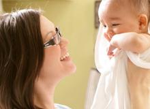 Sai lầm phổ biến trong chăm sóc trẻ