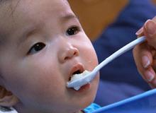 Top 10 thực phẩm giàu dinh dưỡng cho bé 7 tháng tuổi