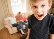 Những thay đổi tâm lý bất thường ở trẻ mẹ tuyệt đối không được lơ là
