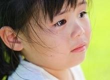 Ứng xử sai lầm khi trẻ khóc giận