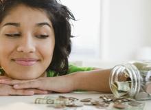 Cách tiết kiệm tiền cho người mới đi làm