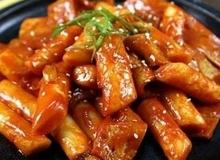Cách làm bánh gạo Hàn Quốc thơm ngon cay giòn
