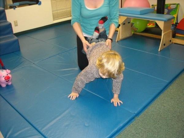 Bài tập vận động cho trẻ 2