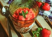 Xua tan nắng hè với kem Sorbet dâu tây mát lạnh