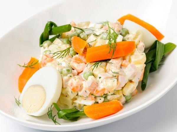 Những thành phần trong salad khiến bạn không thể giảm cân - Sức khỏe