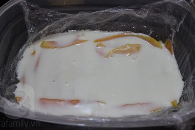 Kem xoài sữa chua