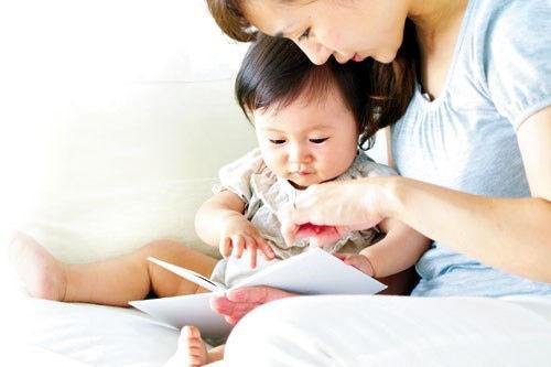 Bí quyết dạy bé dưới 1 tuổi sớm biết nói - Phát triển và hành vi