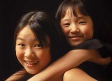 Chữa bệnh ghen tị của trẻ với anh chị em ruột