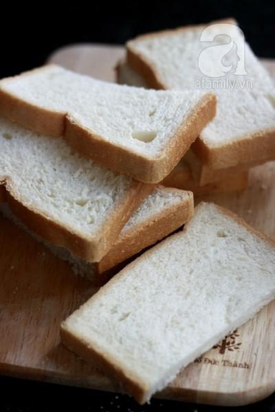 Bánh mì tôm chiên