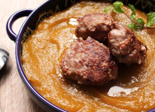 Soup bí đỏ thịt viên: Món ngon ăn là mê tít