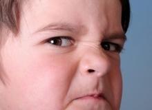 5 dấu hiệu cho thấy con bạn đang bị bắt nạt tại trường học