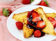 Bữa sáng lãng mạn với bánh mỳ kiểu Pháp