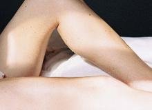 Cả phụ nữ và đàn ông đều dễ mắc bệnh khó nói này vì thói quen mặc quần lót đi ngủ