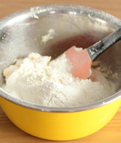 Làm bánh mặn nhân khoai tây thịt cho bữa sáng quá ngon 8