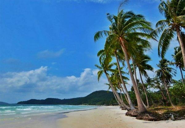 Phú Quốc đã trở thành hòn đảo du lịch nổi tiếng trong và ngoài nước. Ảnh: Thiện Nguyễn