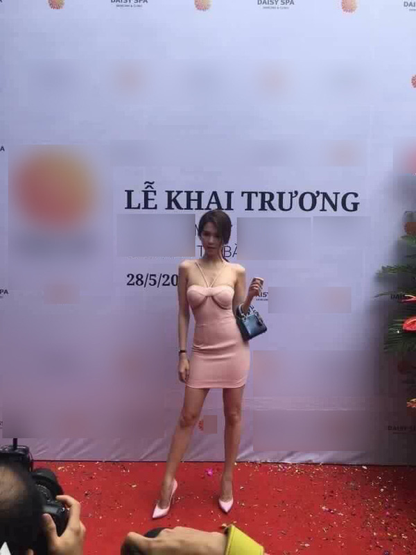 Những mỹ nhân hở bạo gây náo loạn truyền thông Việt trong năm 2016 - Ảnh 11.