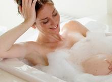 Lưu ý với mẹ bầu khi tắm nước nóng ngày lạnh