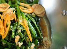 Mách các mẹ bí quyết xào rau muống quá đơn giản mà ngon như nhà hàng!
