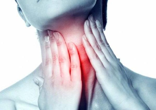 Chỉ với 3 ngón tay bạn có thể tự kiểm tra ung thư vòm họng - Ảnh 1.