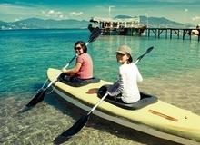 Trải nghiệm ngủ chòi gỗ, nằm võng đung đưa giữa biển Bình Lập