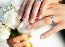 Lý do thật sự đằng sau việc đeo nhẫn cưới ở ngón áp út tay trái
