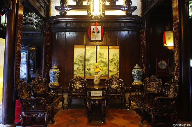 Nội thất bên trong của nhà cổ Tấn Ký. Ảnh: Trần Việt Anh