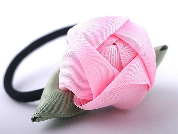 Làm hoa ruy-băng trang trí dây buộc tóc thật xinh 8