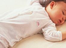 Giúp mẹ luyện ngủ xuyên đêm cho bé từ khi lọt lòng chỉ bằng cách siêu đơn giản