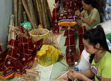 Có một xóm lồng đèn truyền thống hơn nửa thế kỉ ở ngay trung tâm Sài Gòn không phải ai cũng biết