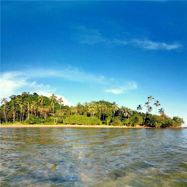 Trông Koh Tonsay như bối cảnh cho bộ phim Robinson ngoài đảo hoang. (Ảnh: Instagram)