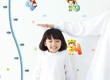 Cách bố mẹ tương tác với con cũng quyết định chiều cao của trẻ