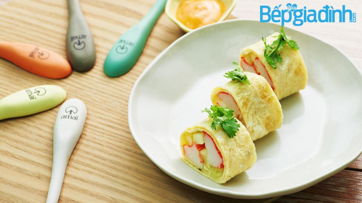 Món ngon cho bé: Trứng cuộn thanh cua