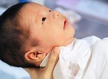 Chuyên gia kể lỗi mẹ Việt khiến con kém thông minh từ sơ sinh