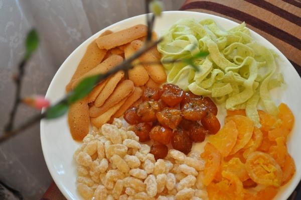 Mứt Tết - món ăn đặc trưng của ngày Tết 1