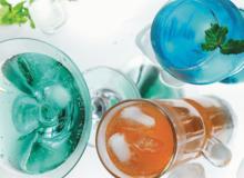 Pha chế nước soda sắc màu trong 5 phút