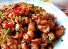 Thịt heo rim tép bắt cơm
