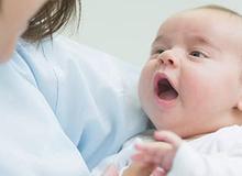 Viêm mủ màng phổi: Bệnh khi giao mùa cha mẹ có con nhỏ cần đặc biệt lưu ý