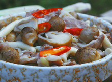 Cơm tối nhà bạn sẽ tuyệt ngon nếu có món nấm xào thịt!